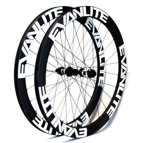 main-50white-disc